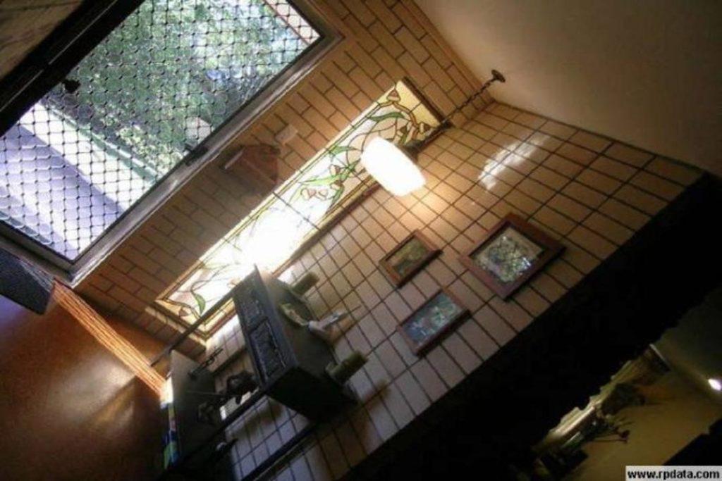 UndercoverArchitect-renovation-interior-before